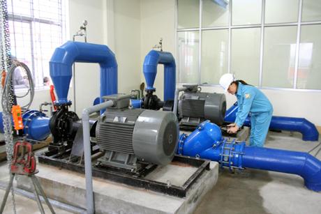 Ứng dụng biến tần Delta cho bơm nước - Biến tần chuyên dùng cho bơm